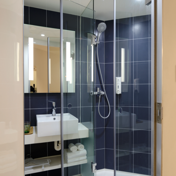 4 Different Shower Enclosure Styles to Choose From